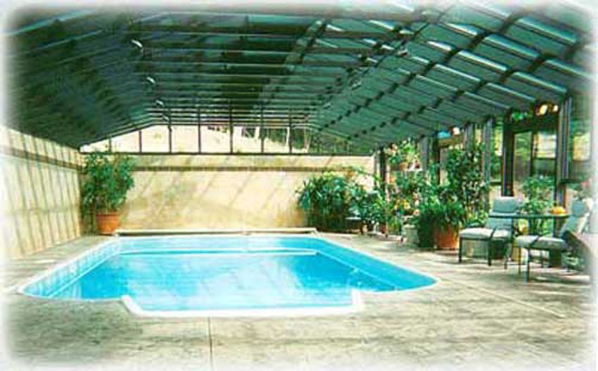 Pool enclosures by florian for Swimming pool greenhouse