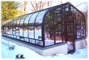 free-standing curved greenhouse